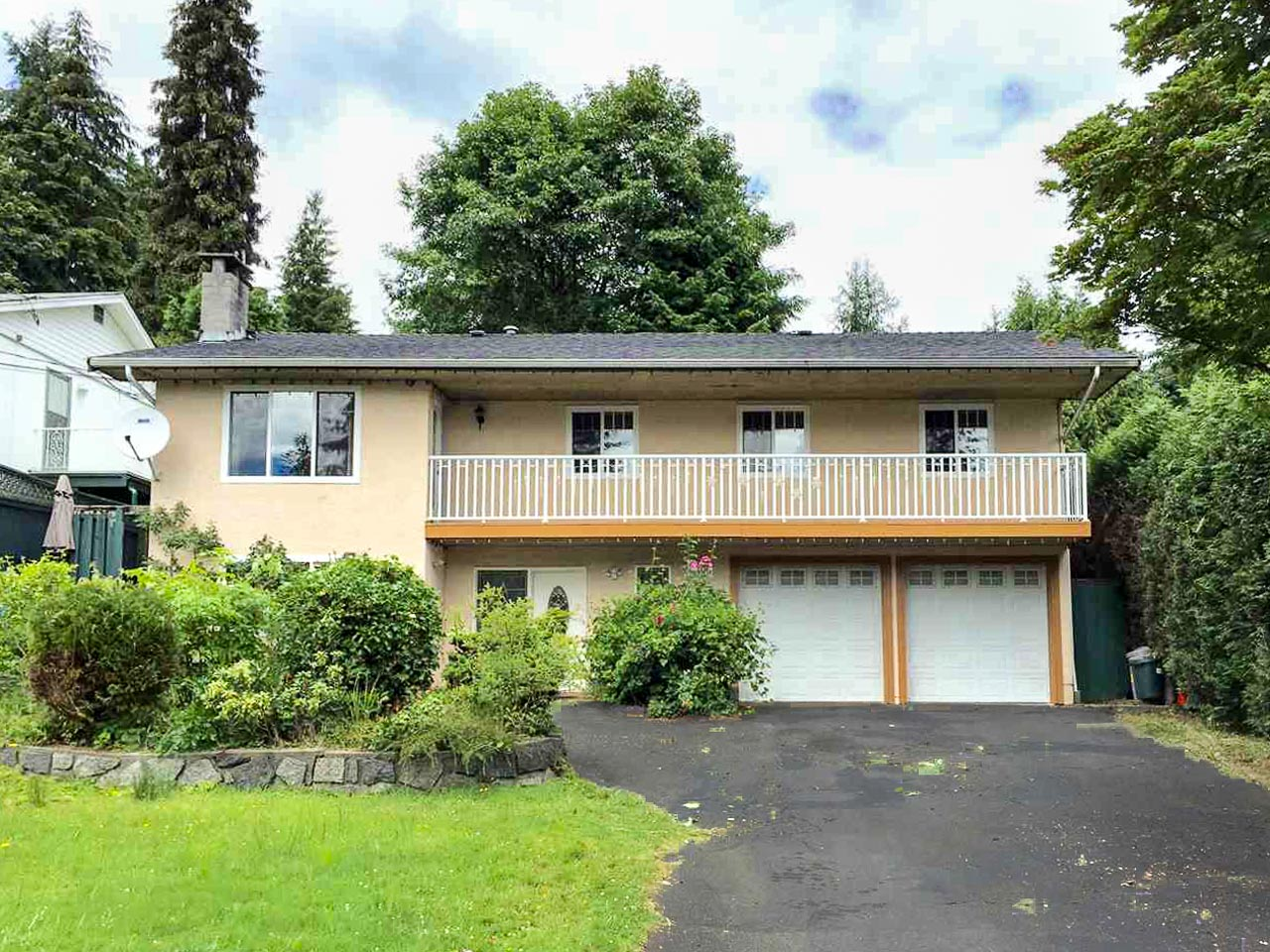 1402 Evelyn Street, North Vancouver, British Columbia